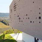 Two Family House Giacomuzzi by Monovolume Architecture (3)