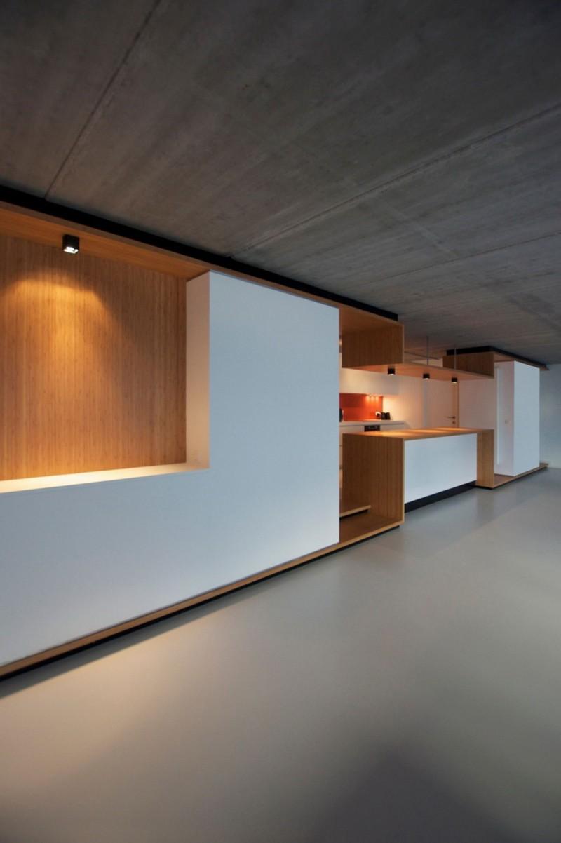 Loft 02 by EHTV Architectes