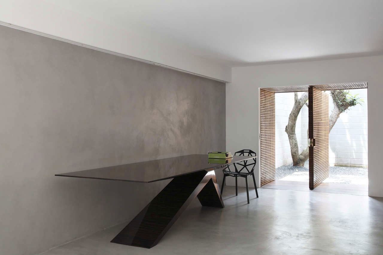 Home and Studio of Guilherme Torres (3)
