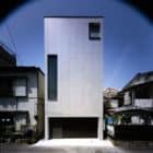 2 Courts House by Keiji Ashizawa Design (1)