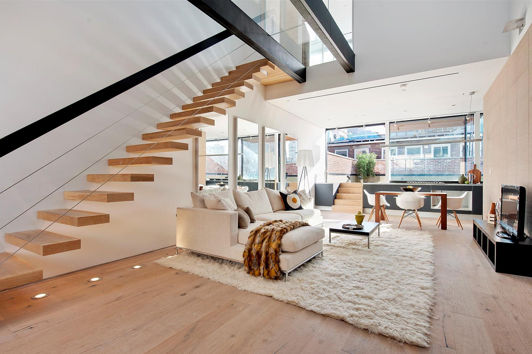 Beautiful two bedroom duplex in tribeca for Duplex house interior designs pictures