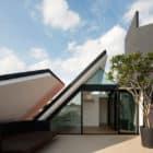 Armadillo House by Formwerkz Architects (5)