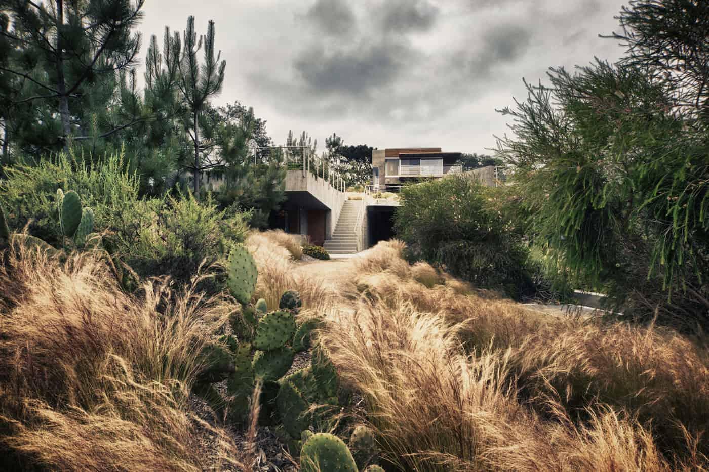 Atalaya House by Alberto Kalach (2)