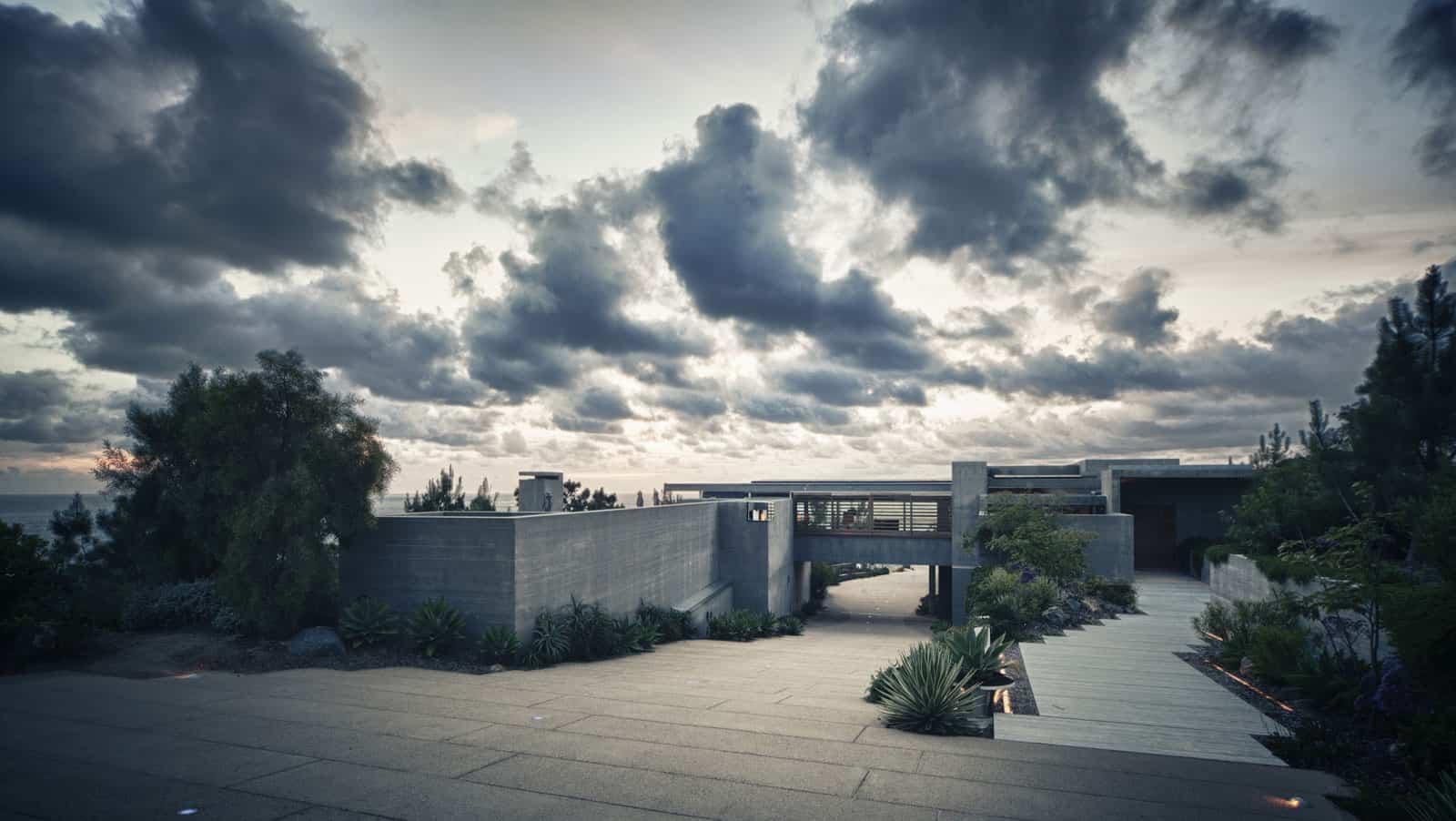 Atalaya House by Alberto Kalach (4)