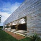 Casa Du Plessis by Studio MK27 (1)