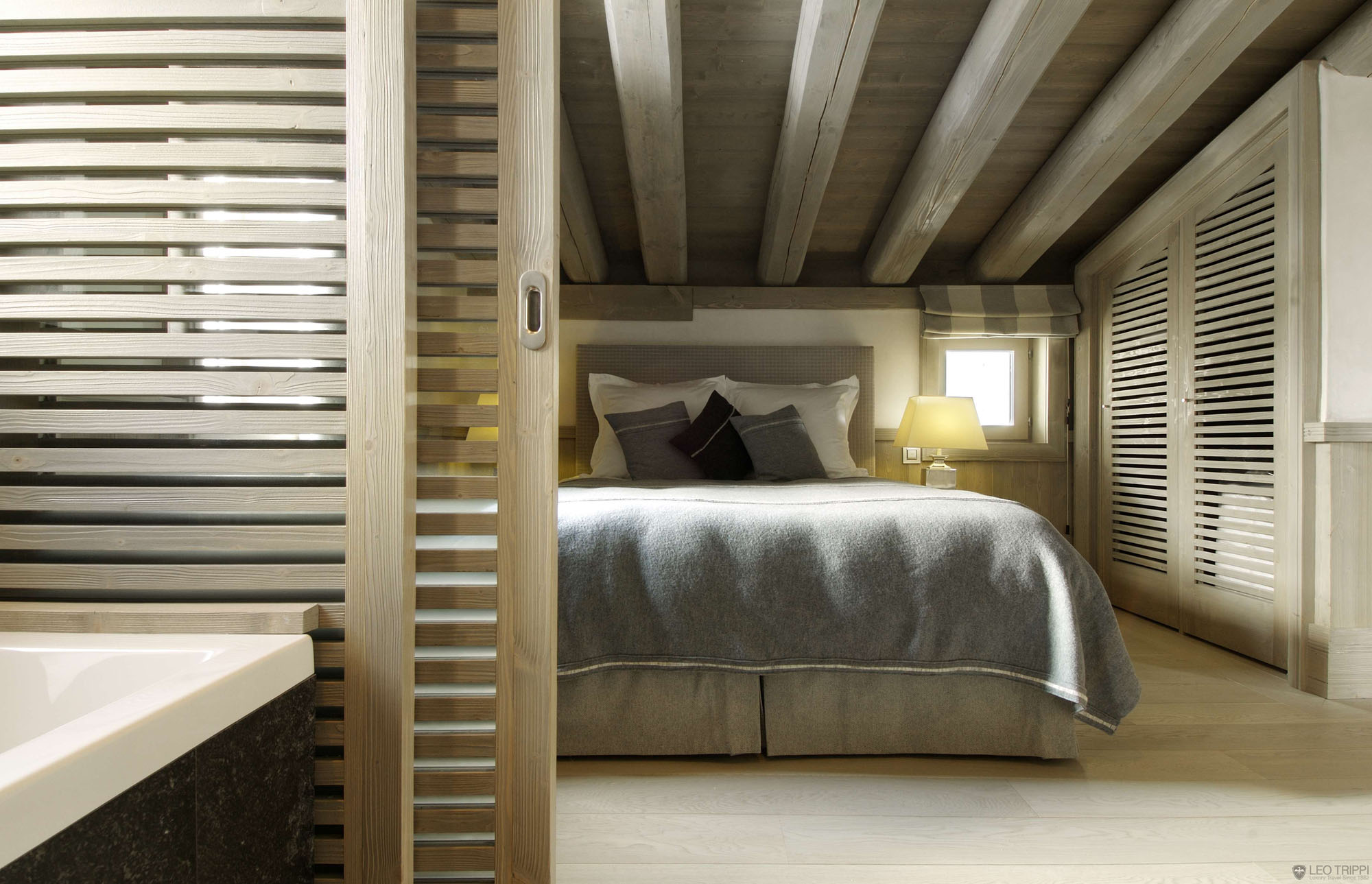 Chalet Black Pearl by Philippe Capezzone (11)
