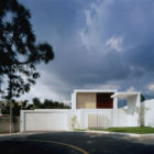 Cubo House by Agraz Arquitectos (1)