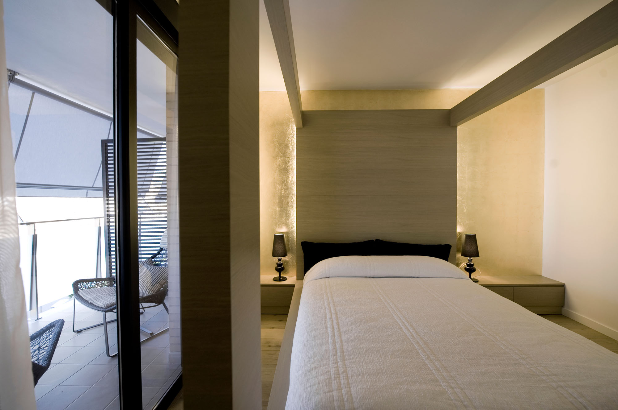 HI-MACS Doble Dueto Apartment by Cuartopensante (32)