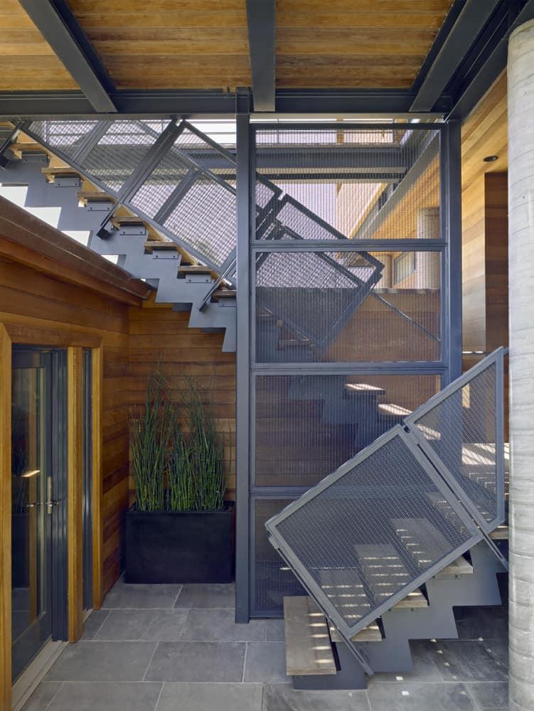 Flood-Proof House by Studio Peek Ancona (4)