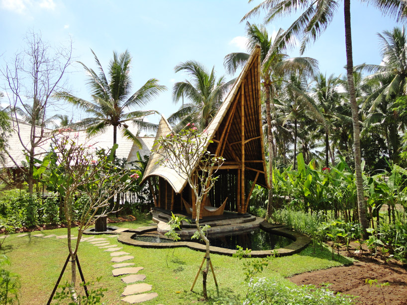 Green Village in Bali by Ibuku (2)