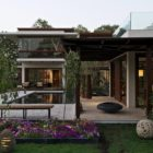 Courtyard House by Hiren Patel (4)
