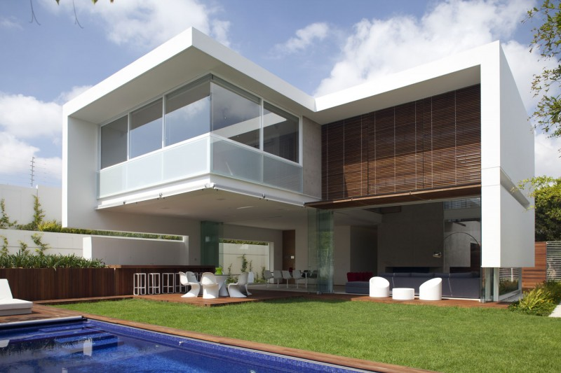 Ff house by hernandez silva arquitectos for Case moderne contemporanee