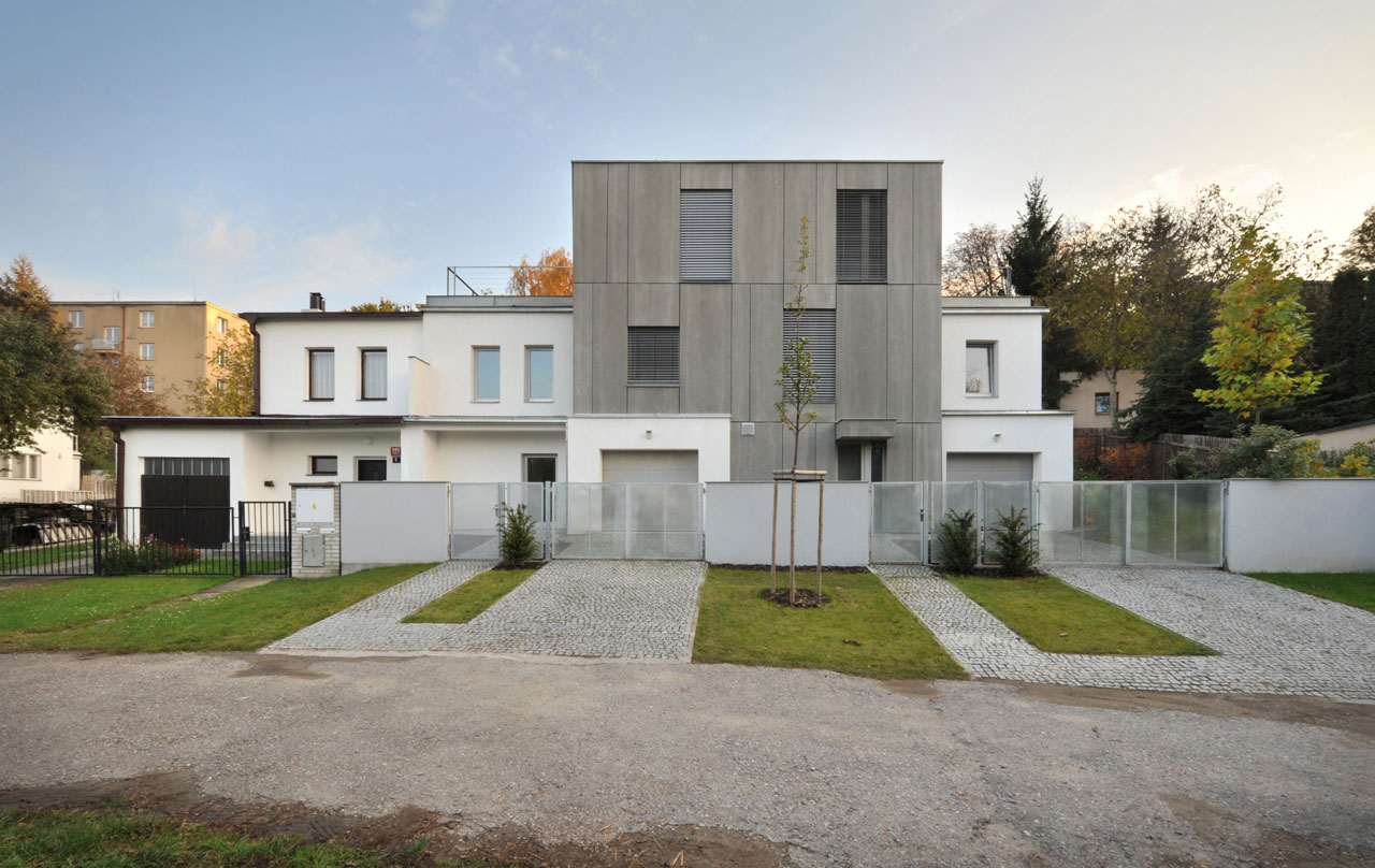 House Ext in Prague by Martin Cenek (1)