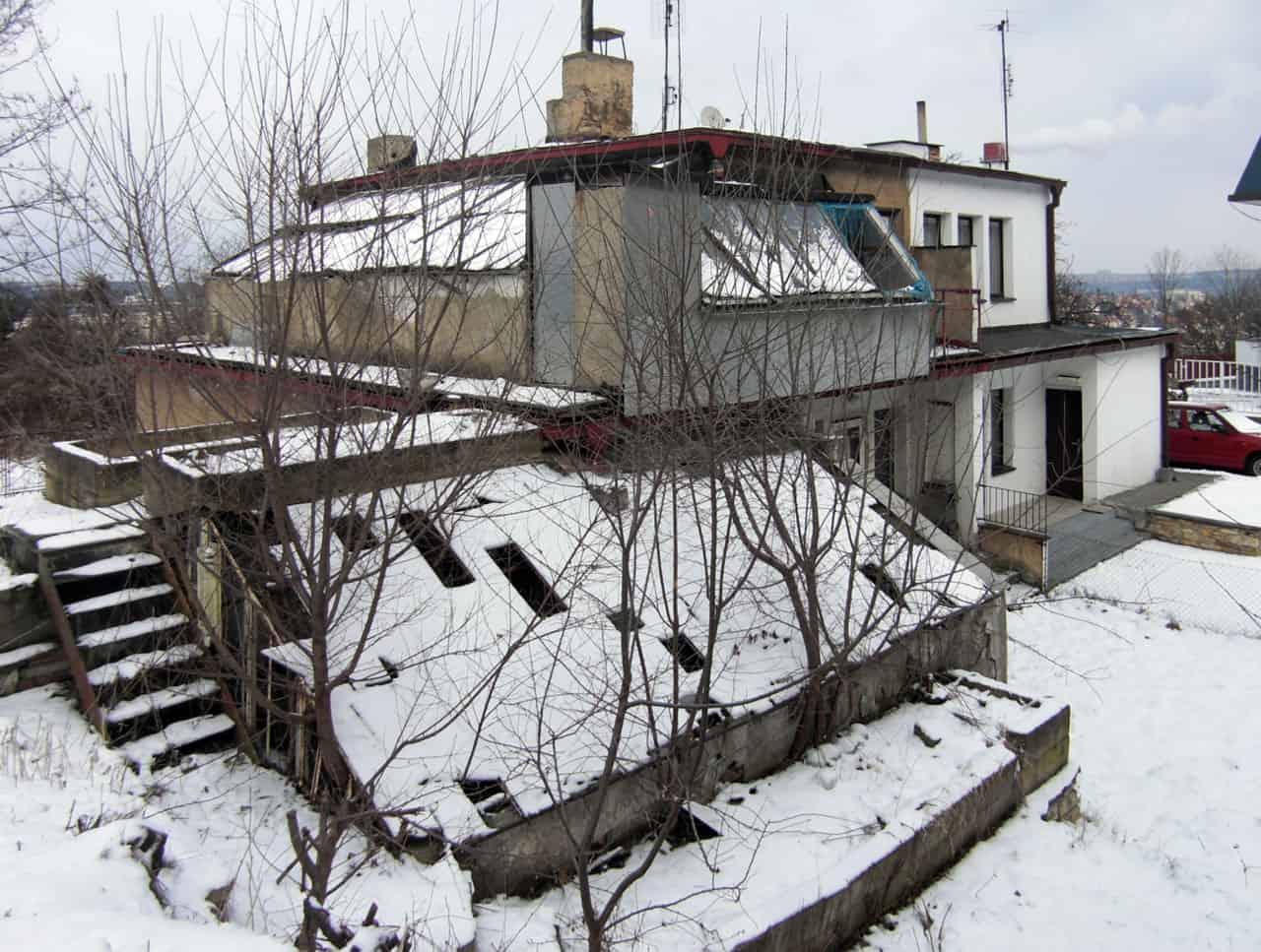 House Ext in Prague by Martin Cenek (10)