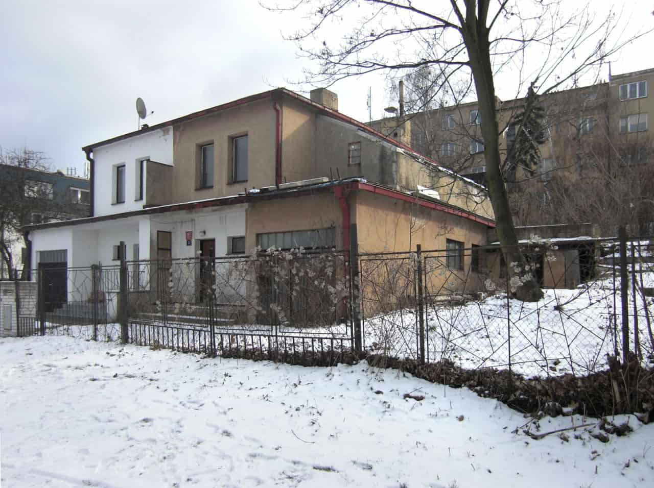House Ext in Prague by Martin Cenek (12)