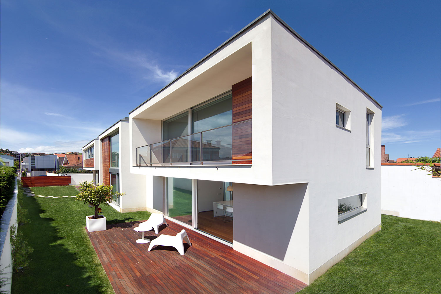 MP House by OmasC arquitectos (8)