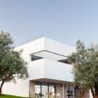 Villa Extramuros by Vora Arquitectura (2)