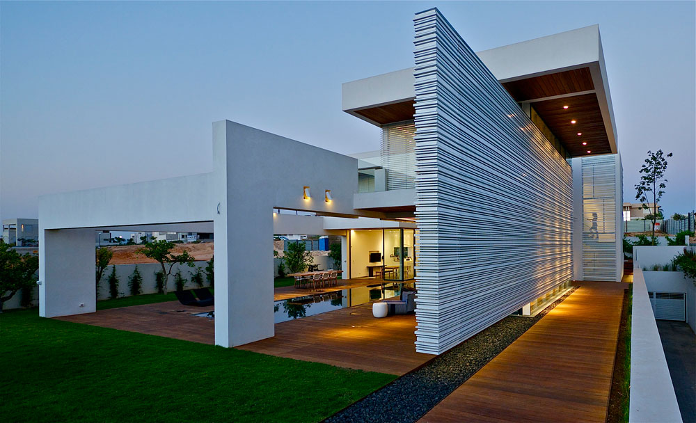 Five Star Caesarea by Gal Marom Architects