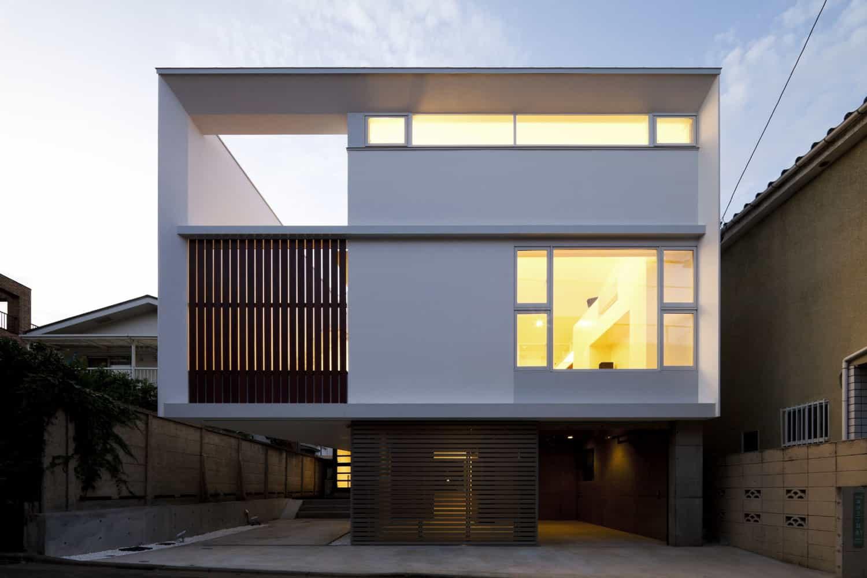 Twin megaphones by atelier tekuto yasuhiro yamashita for Small japanese house design in tokyo by architect yasuhiro yamashita
