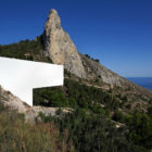 ALT | House on the Cliff by Fran Silvestre Arquitectos (2)