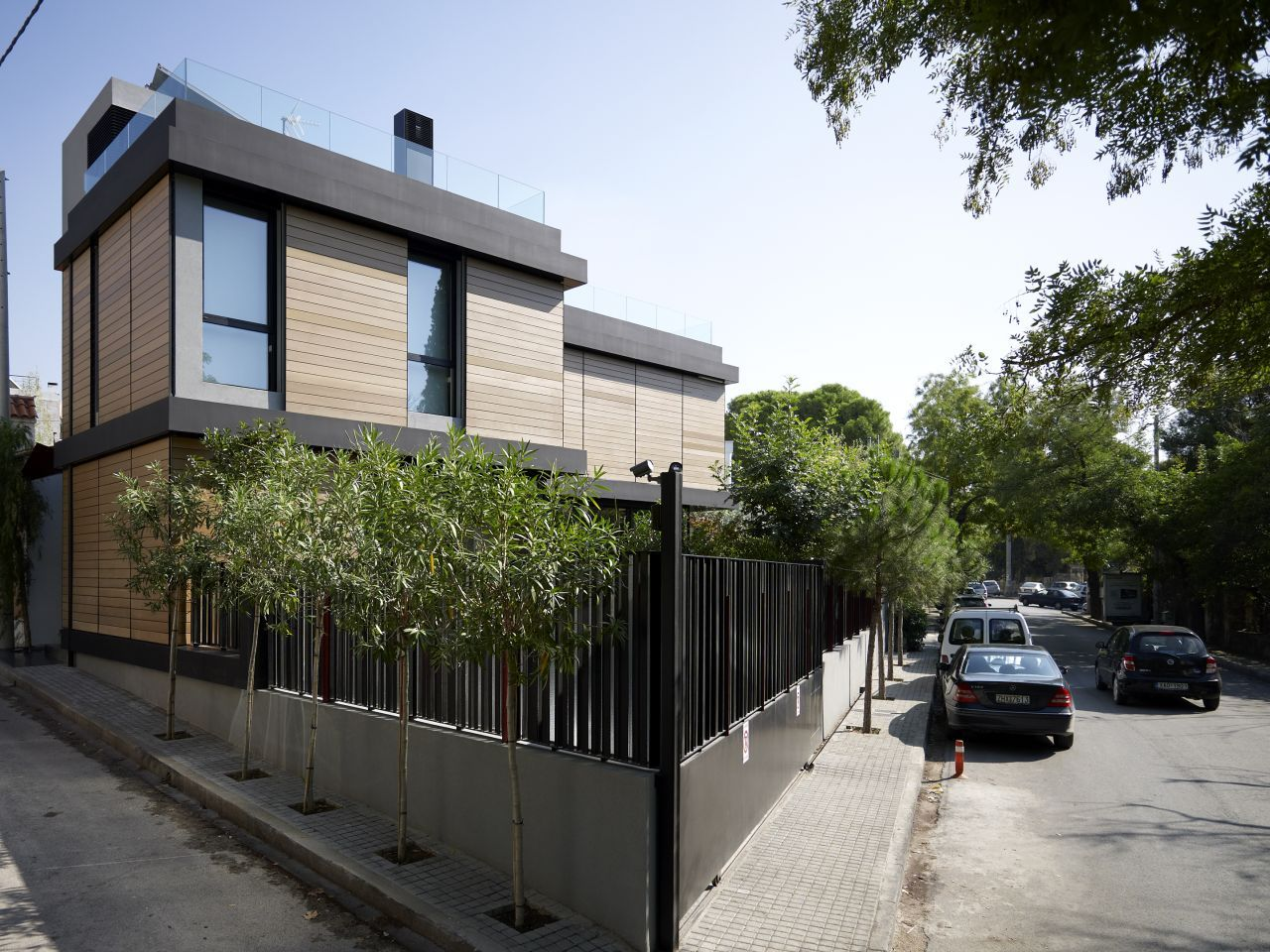 Single Family House in Kifisia by Spacelab (4)