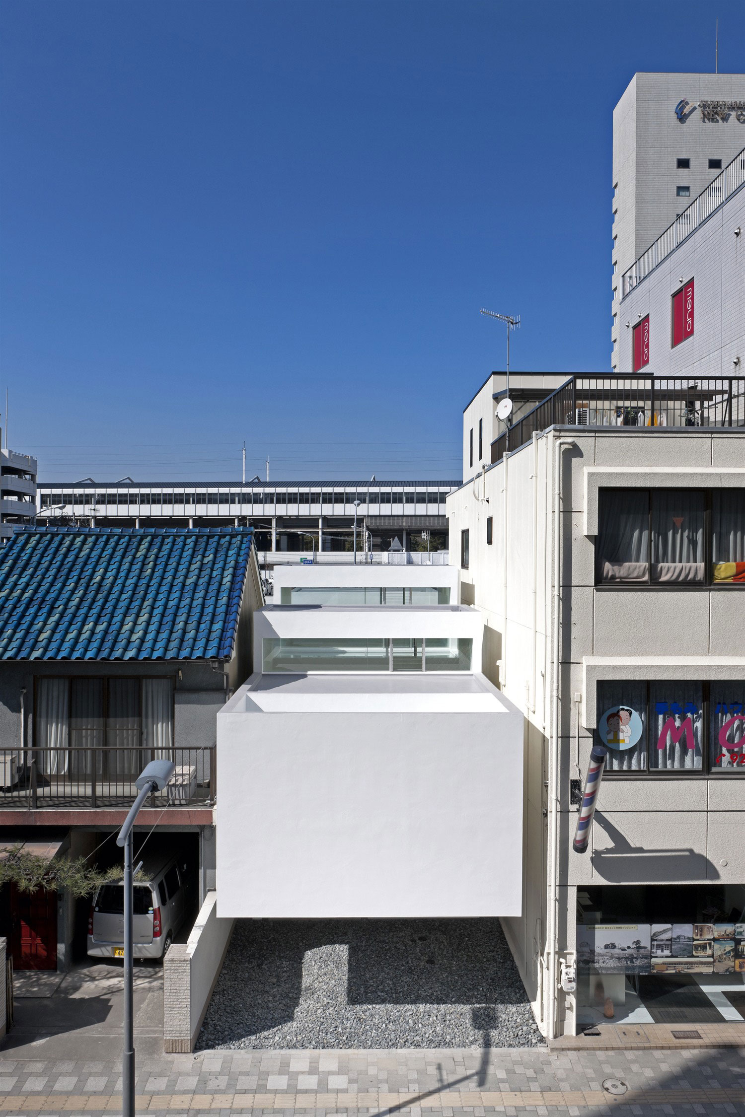 Machi House by UID Architects & Associates (2)