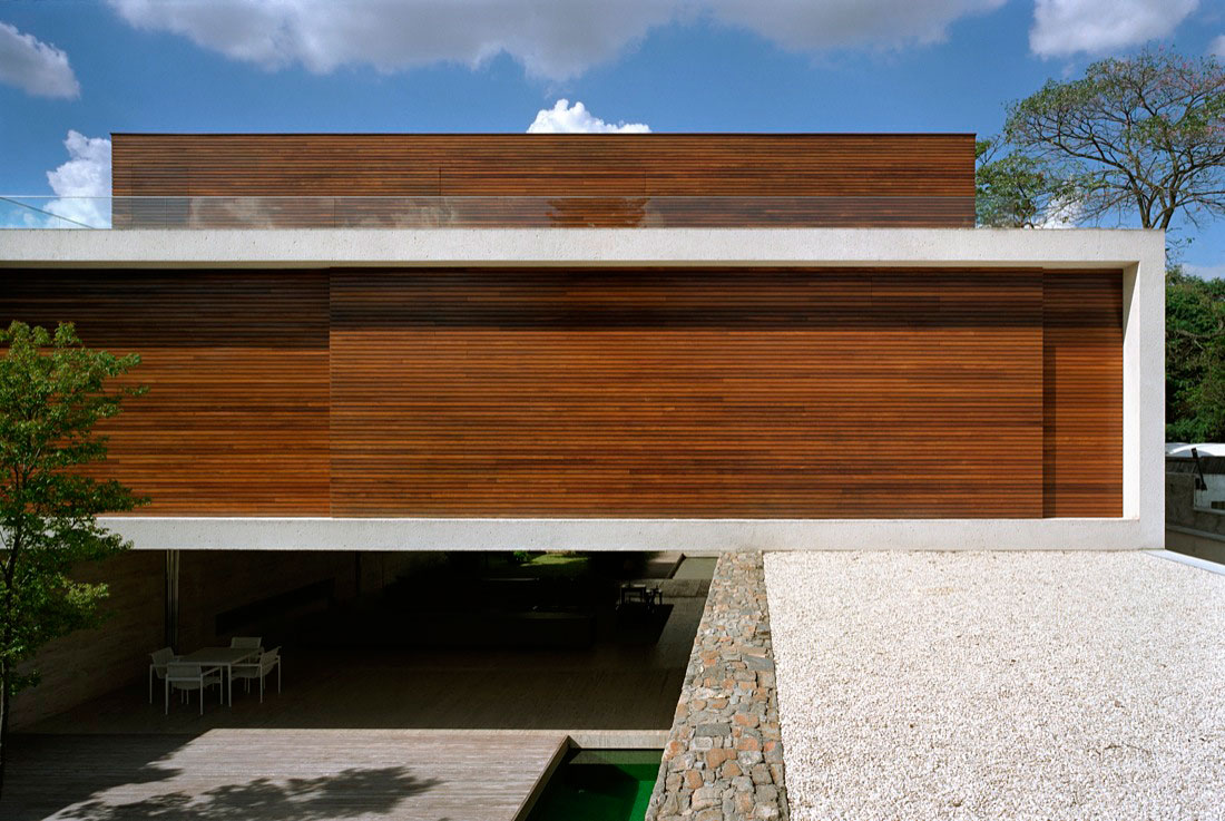 Mirindibas House by Studio MK27 – Marcio Kogan (1)