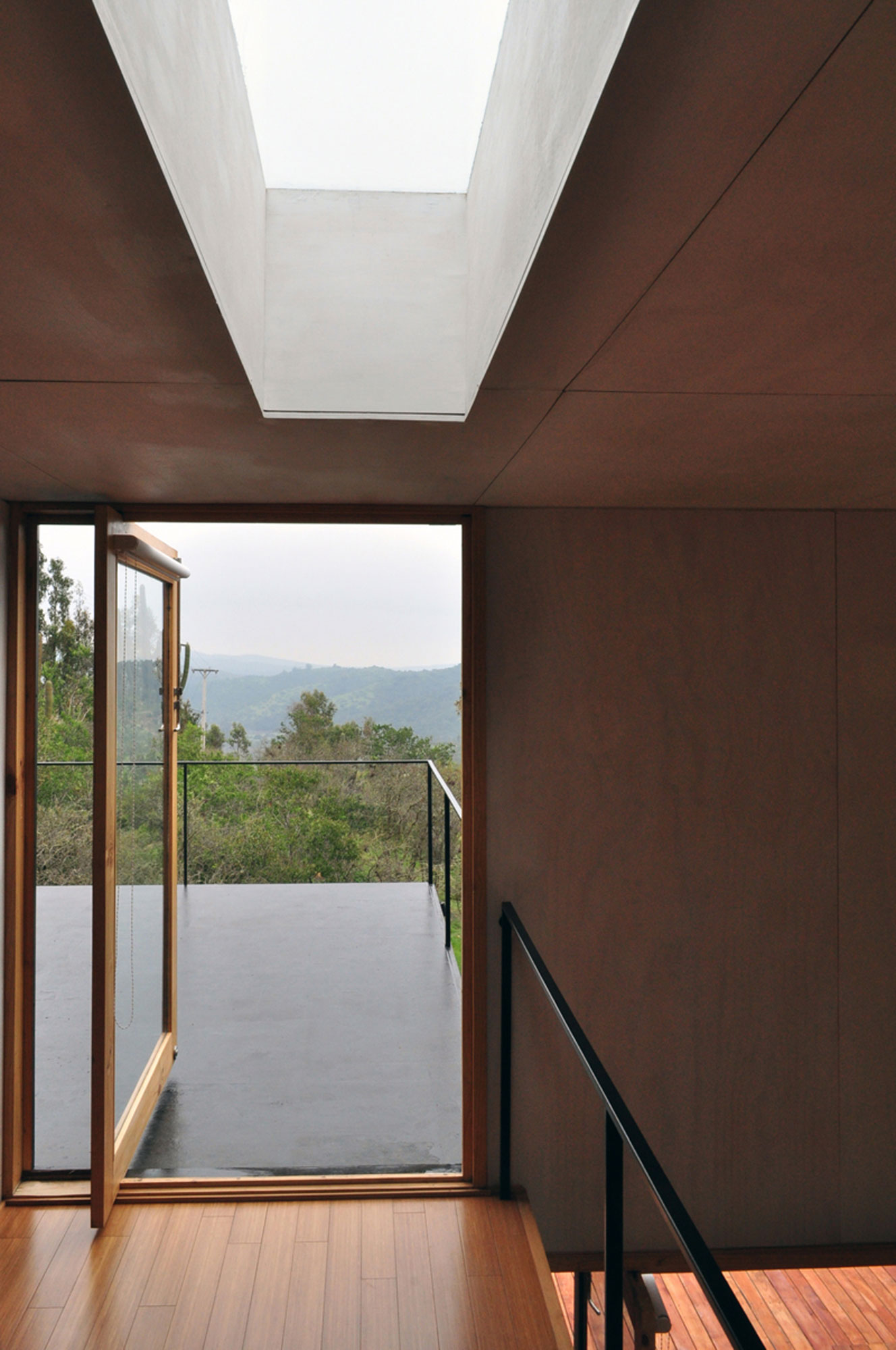 Pangal Cabin by EMa Arquitectos (5)