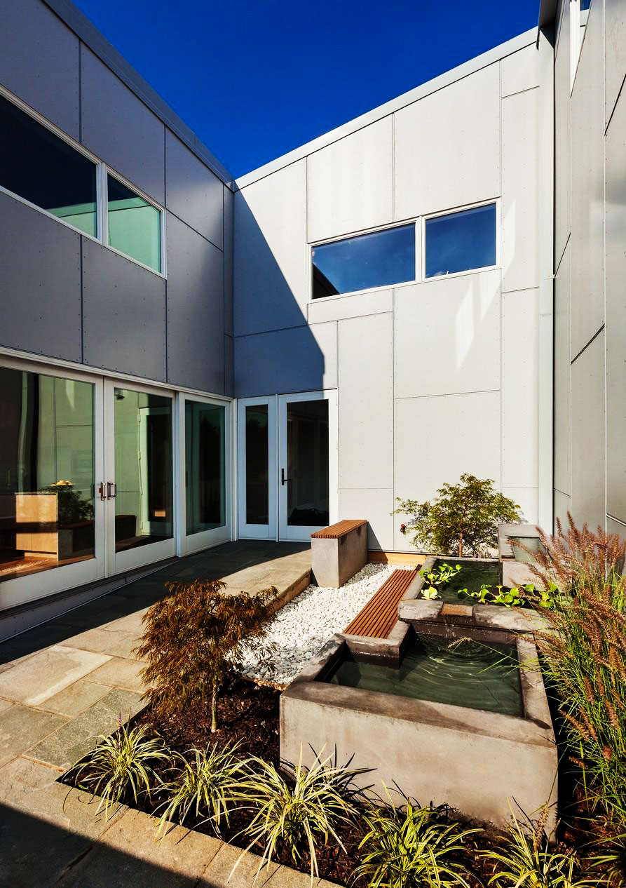10 Degree House by Howeler Yoon (3)