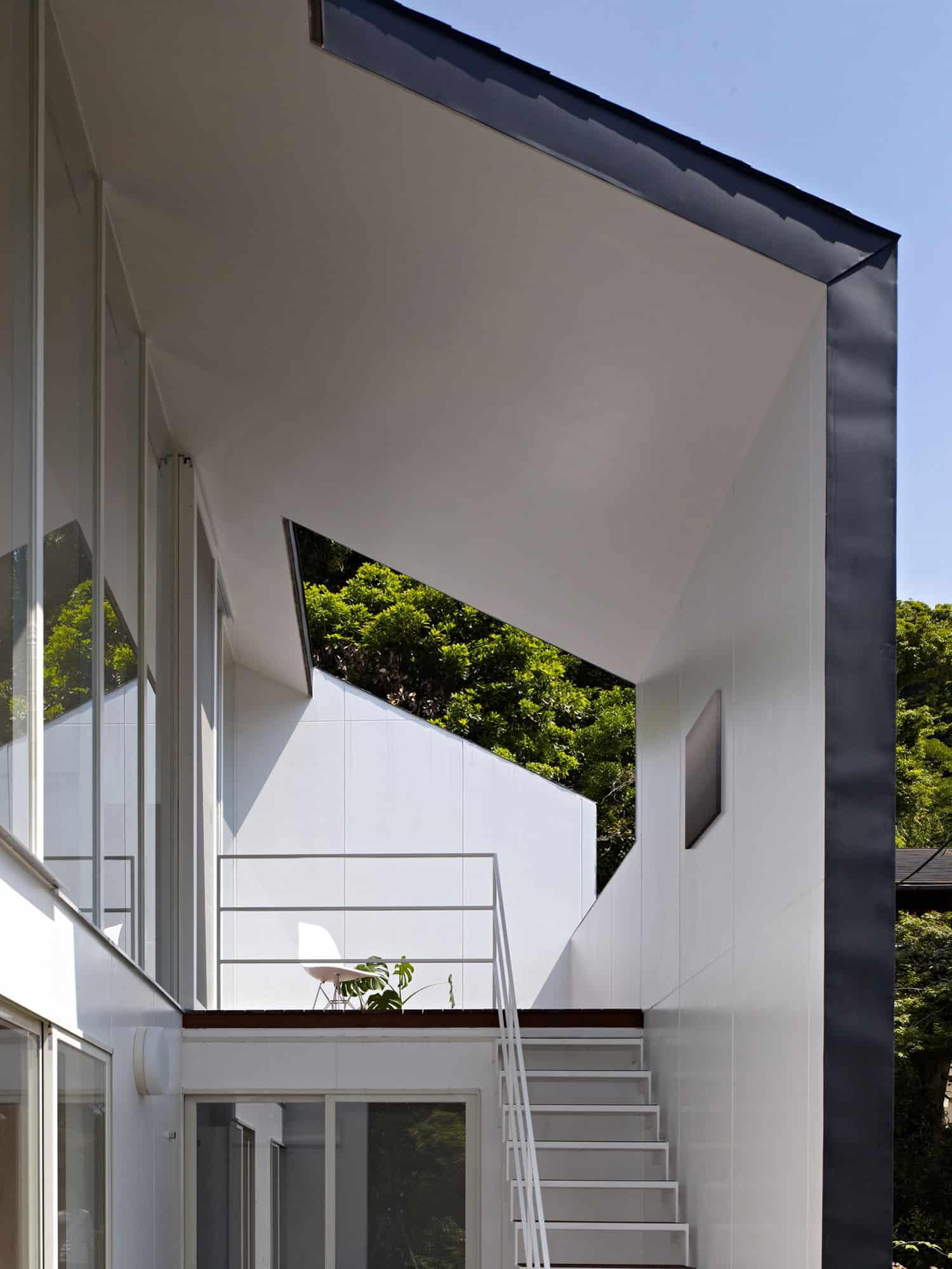 47% House by Kochi Architects Studio (3)