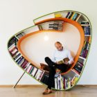 Bookworm by Atelier 010 (1)