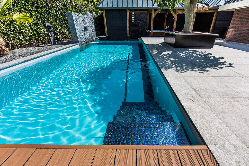 Aquatic Backyard by Centric Design Group (22)