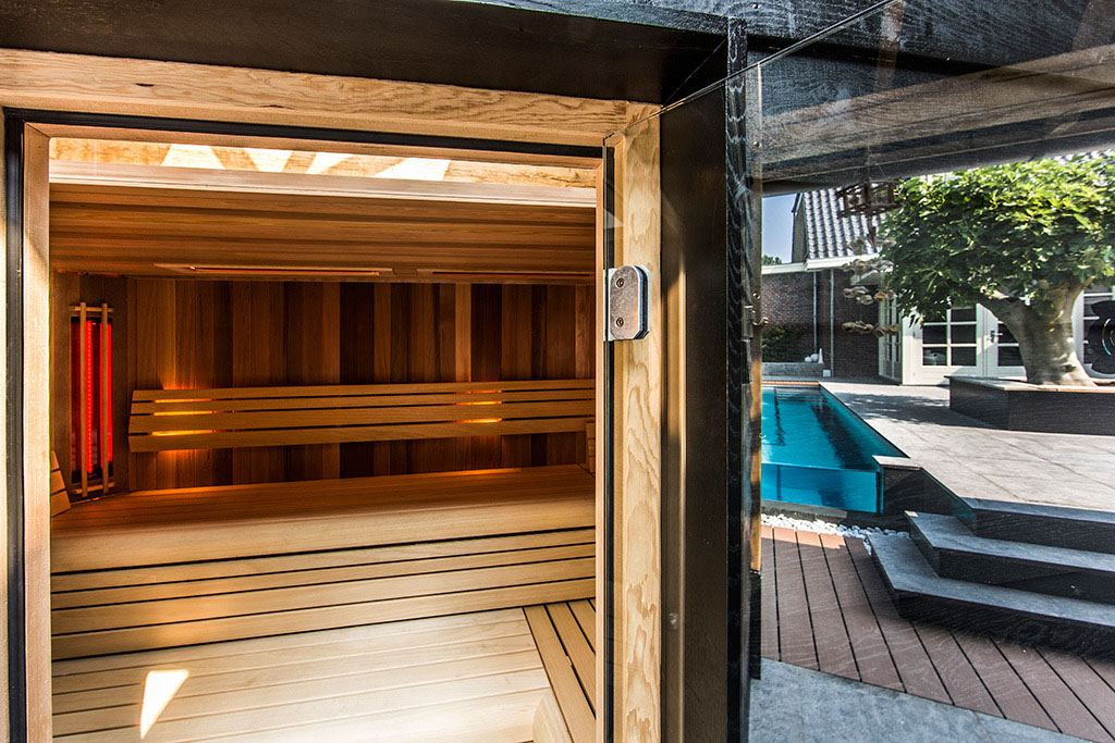Aquatic Backyard by Centric Design Group (24)