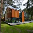 A House in the Woods of Kaunas by Studija Archispektras (3)