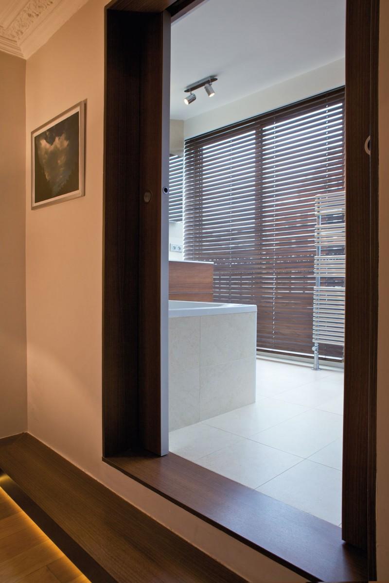 the yacht by fr d ric flanquart. Black Bedroom Furniture Sets. Home Design Ideas