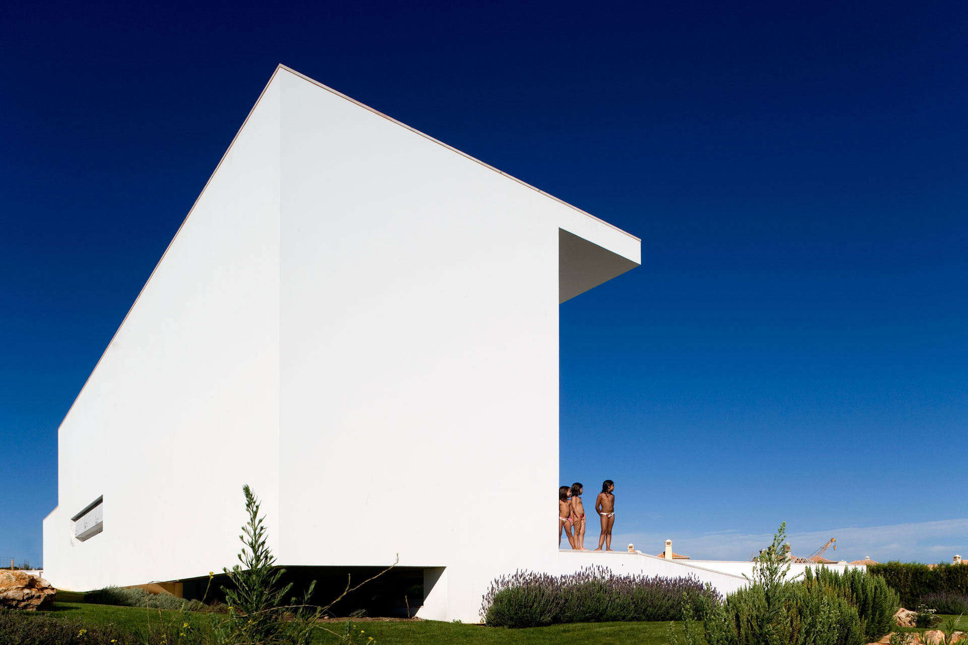 House in Martinhal by ARX Portugal (5)