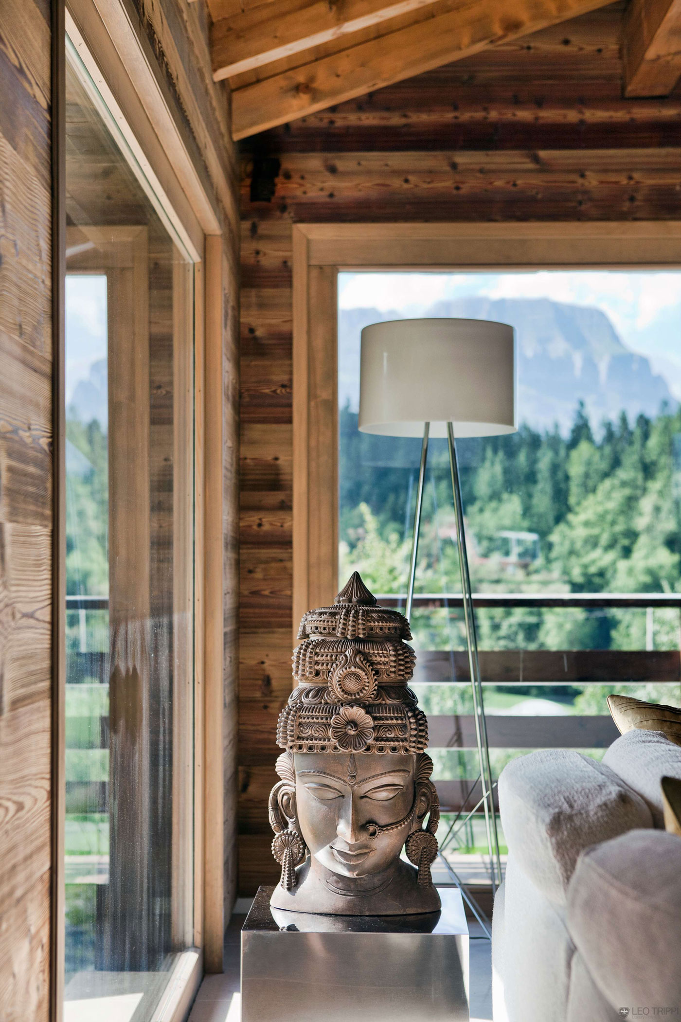 One Oak Chalet in Combloux, the French Alps (7)