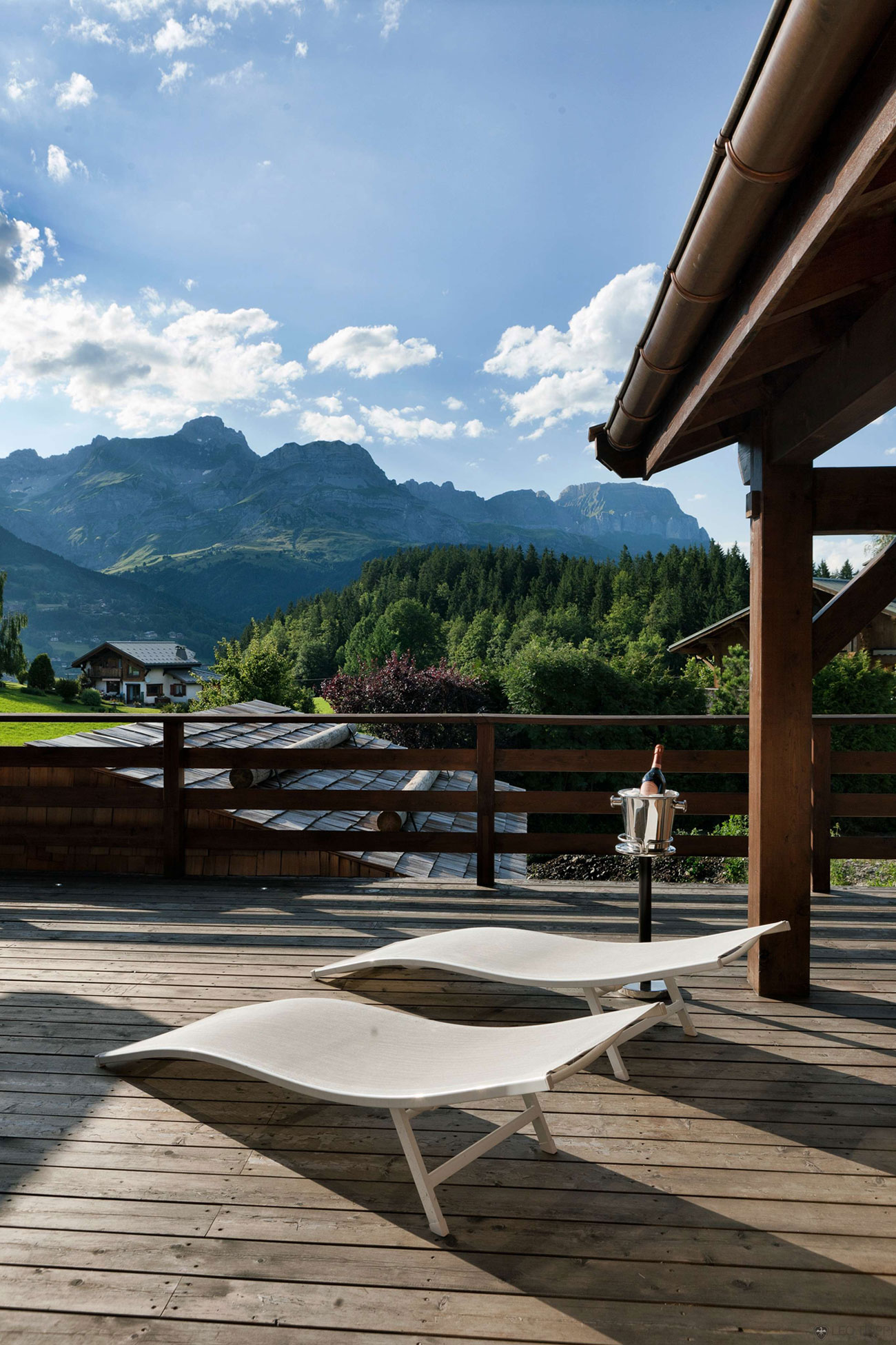 One Oak Chalet in Combloux, the French Alps (18)