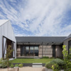 Seaview House by Jackson Clements Burrows (3)
