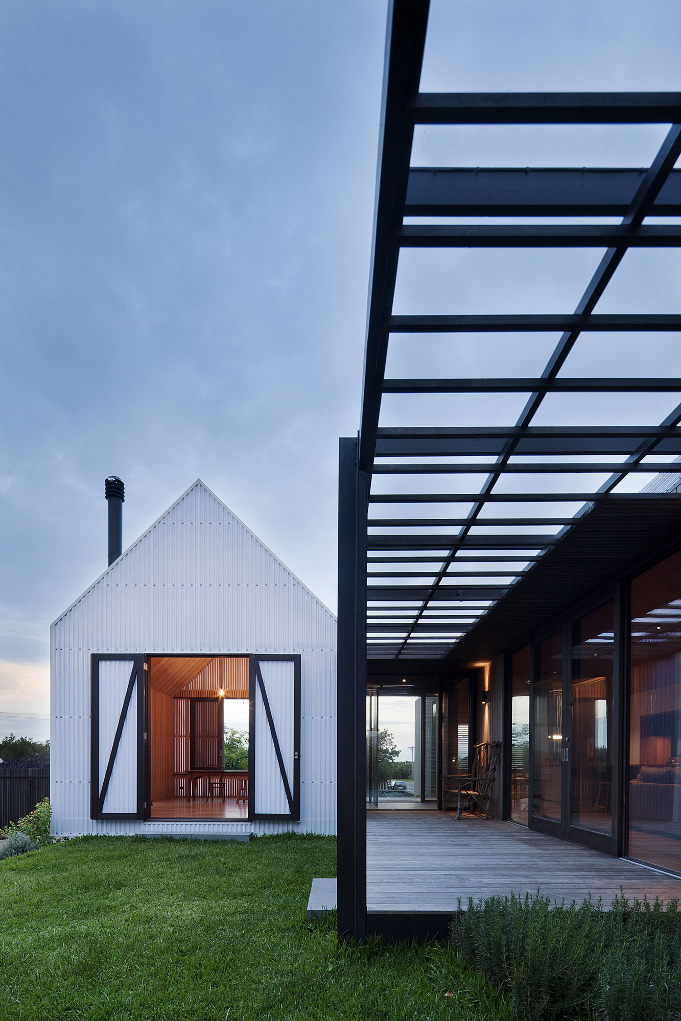 Seaview House by Jackson Clements Burrows (5)