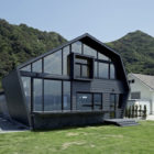 Villa SSK by Takeshi Hirobe Architects  (1)