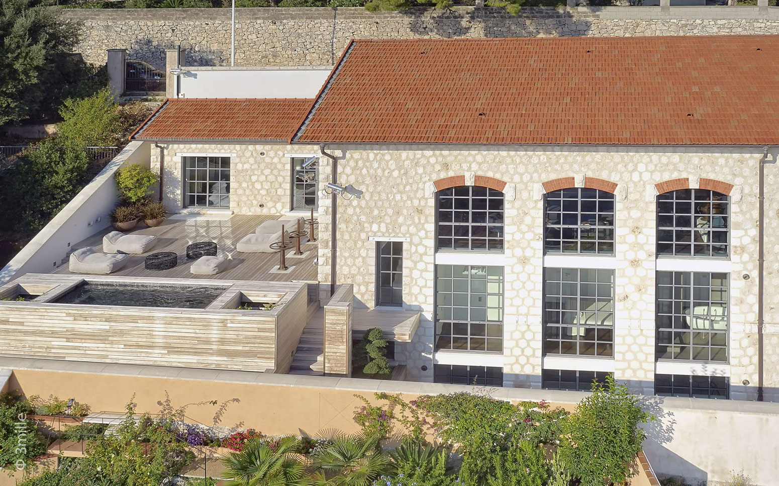 Water Cleaning Station Conversion on the French Riviera (3)
