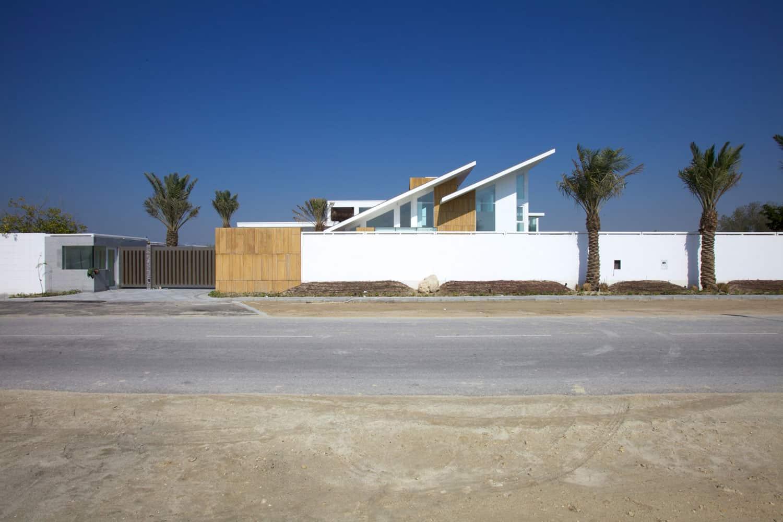 Bahrain House by MORIQ (1)