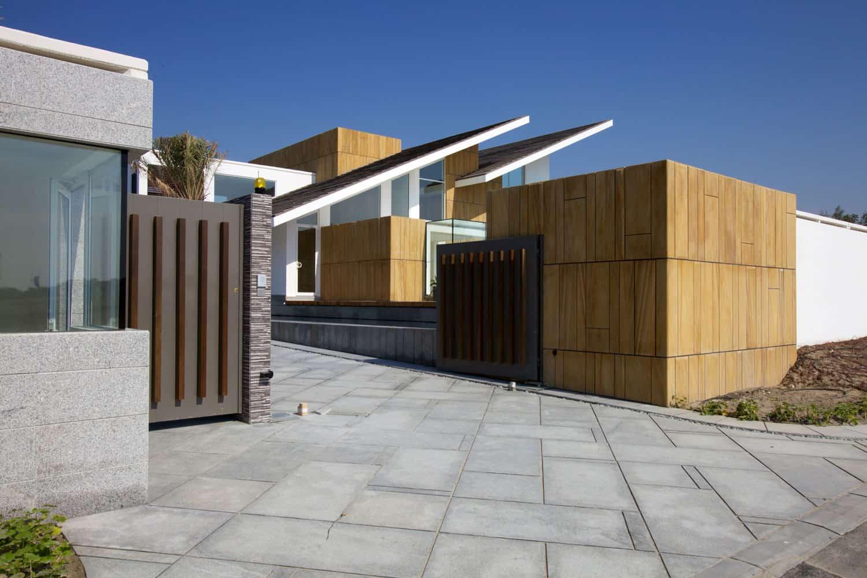 Bahrain House by MORIQ (2)