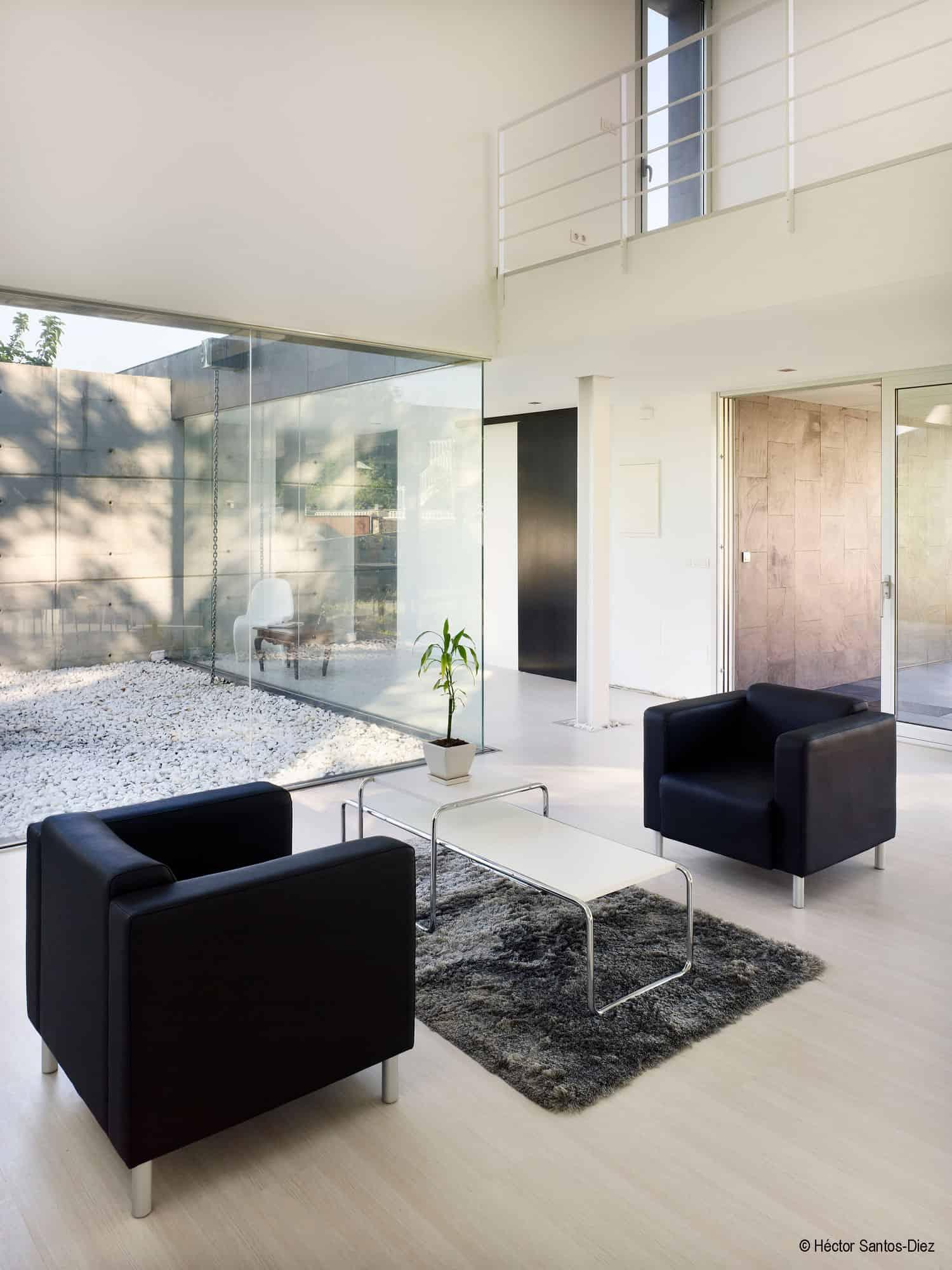 EINS House by Oscar Pedros (4)