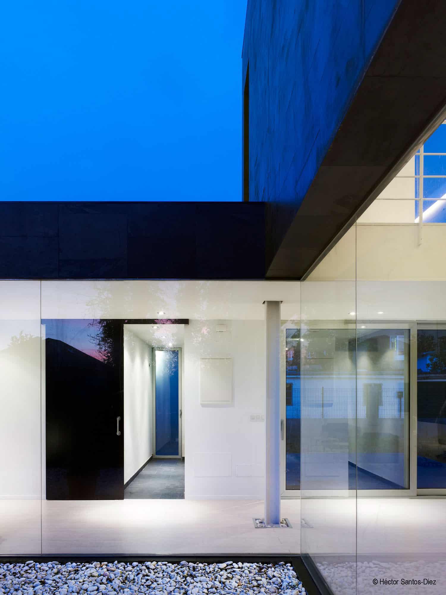 EINS House by Oscar Pedros (9)