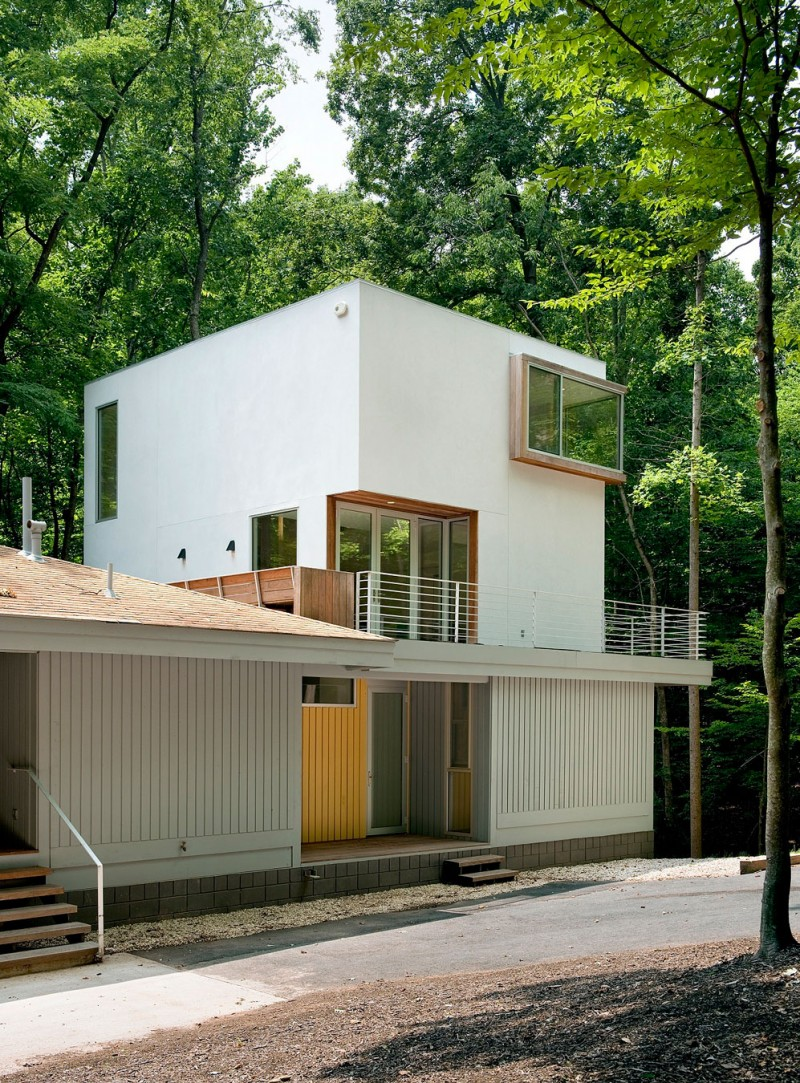 Forest House by Kube Architecture