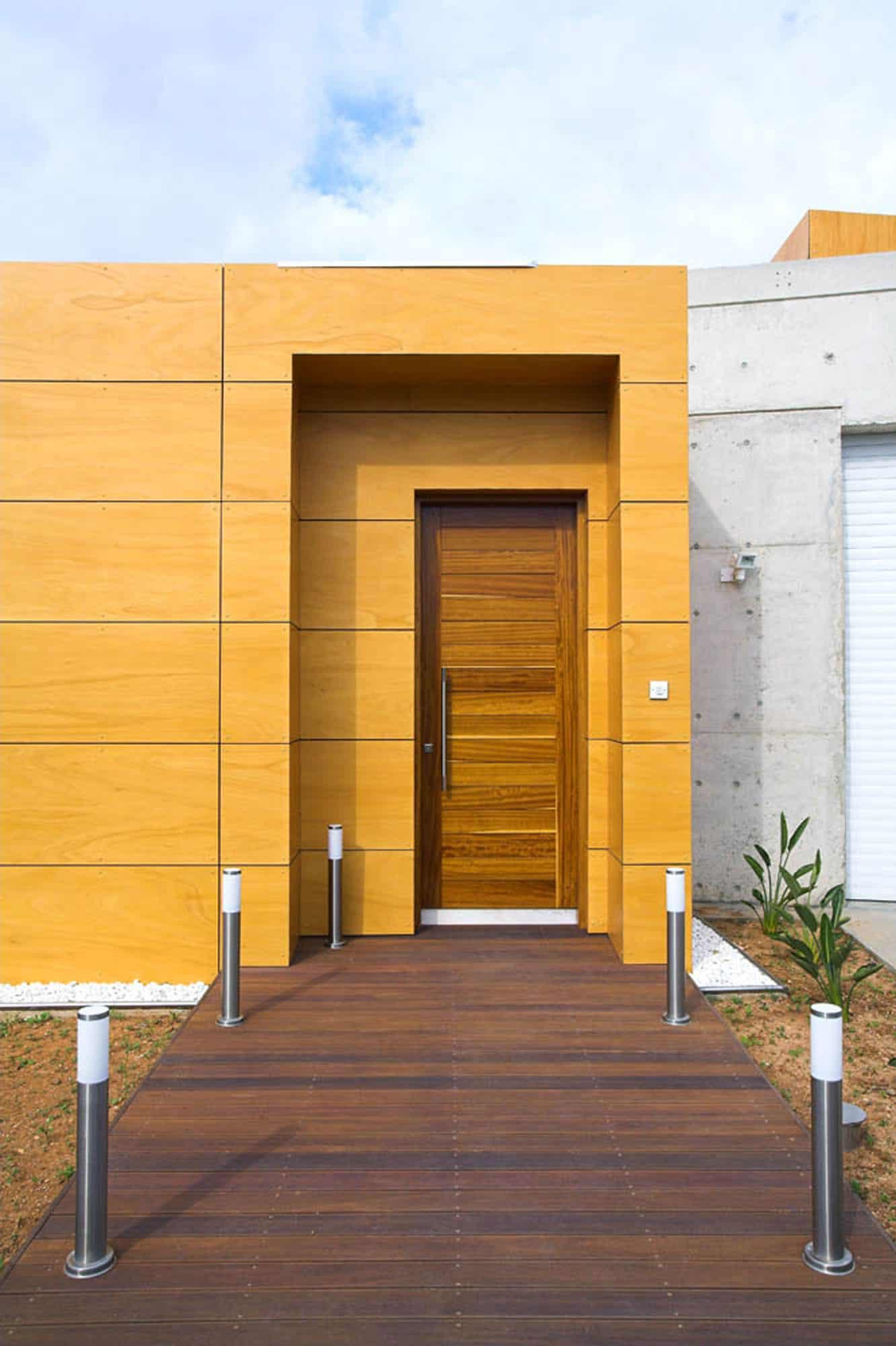 Loukas Residence by Vardastudio Architects Designers (4)