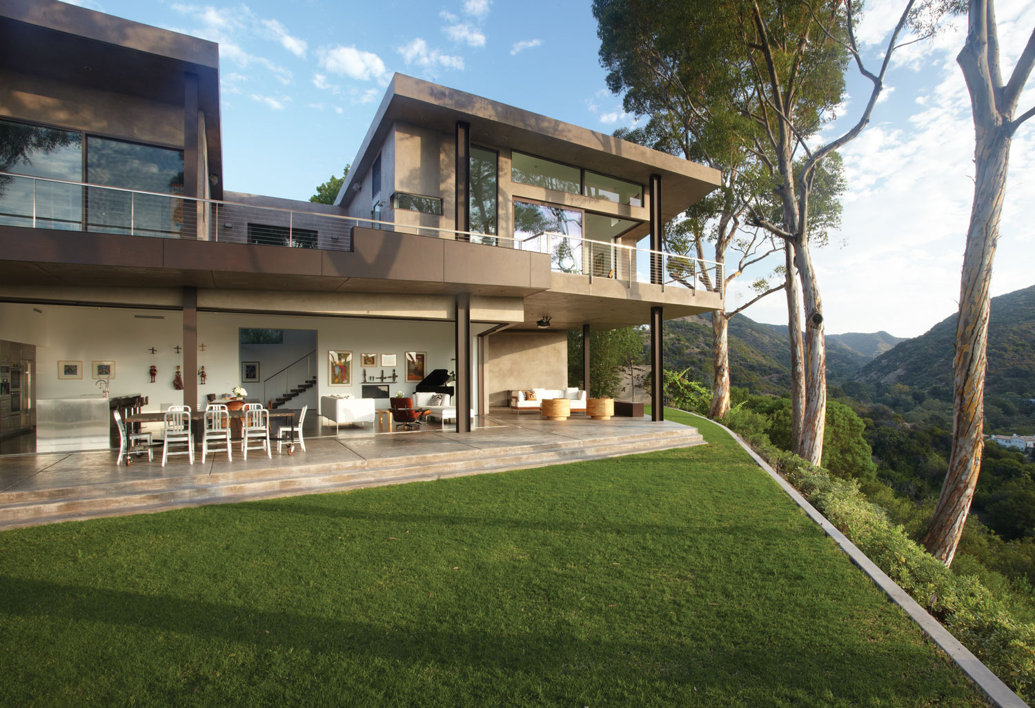 Mandeville Canyon Residence by Griffin Enright (2)