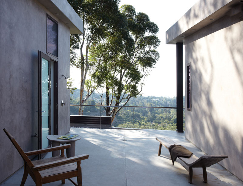 Mandeville Canyon Residence by Griffin Enright (4)